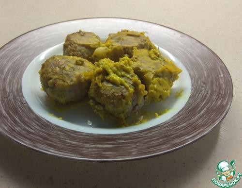 Тефтели из индейки с гречкой под белым соусом с куркумой