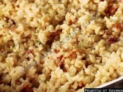 Рецепт Салат из коричневого риса с беконом и укропом с фото