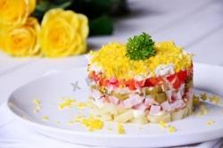 Кулинарный рецепт Салат болгарский перец ветчина с фото