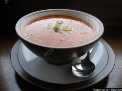Суп гречневый с томатами