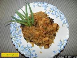 Капуста тушеная с мясом и грибами