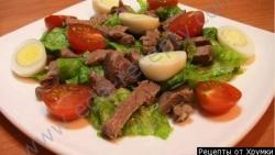 Рецепт Вкусный салат мясной под водочку с солеными огурцами с фото