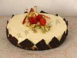 Рецепт Мусс из белого шоколада с клубничной прослойкой с фото