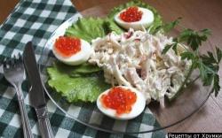 Салат крабовый с кальмарами