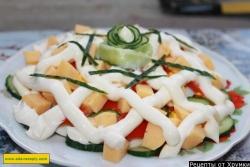 Салат пекинская капуста с колбасой