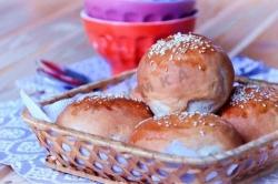 Кулинарный рецепт Домашние булочки для гамбургеров с фото