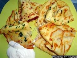 Кулинарный рецепт Тонкие блинчики с соленым творогом с фото