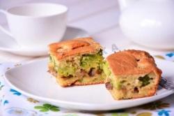 Кулинарный рецепт Пирог с брокколи и грибами с фото