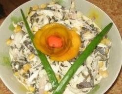 Кулинарный рецепт Салат с кальмарами из дайкона с фото