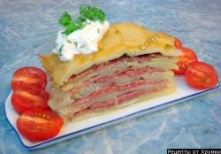 Картофельная запеканка с сыром и салями