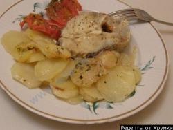 Как приготовить Треска запеченная с картофелем и помидорами рецепт с фото