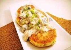 Кулинарный рецепт Картофельные котлетки с соусом с фото