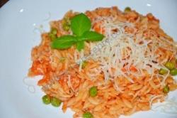 Рецепт Паста орзо с креветками и зеленым горошком с фото