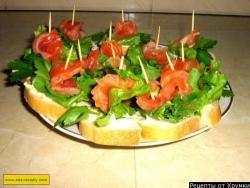 Бутерброды на шпажках