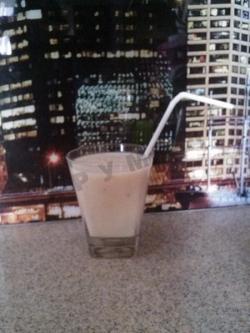 Кулинарный рецепт Молочный коктейль Банана-сити с фото