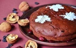 Рецепт Шоколадный пирог с сухофруктами и орехами (постный) с фото