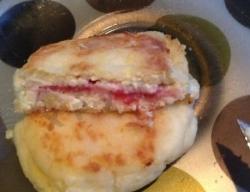 Кулинарный рецепт Сырники с малиной с фото