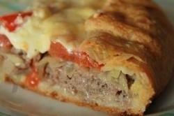 Рецепт Открытый мясной пирог с картофельным тестом с фото