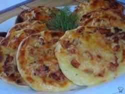 Кулинарный рецепт Картофельные ватрушки с курицей с фото