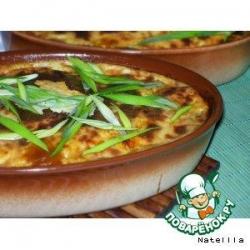 Мясная запеканка с фасолью под сырным соусом