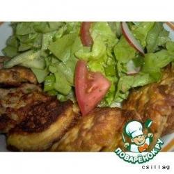 Биточки с фаршем, котлетки и салат