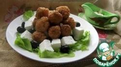 Вегетарианский салат с рисовыми шариками