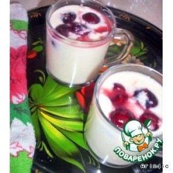 Молочный кисель с ягодами