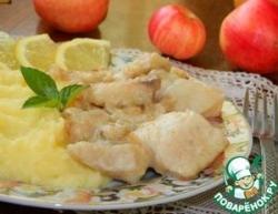 Тилапия с яблоками