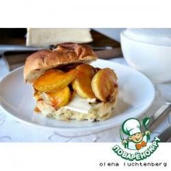 Бутерброд с сыром и карамельным яблоком