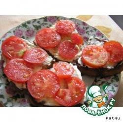 Гренки с помидорами