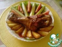 Голени индейки и картошка, запечённые в фольге