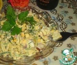 Луковый салат с яйцом и огурцом