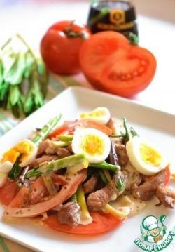 Салат с черемшой и свининой