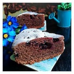 Пирог на сметане со смородиной