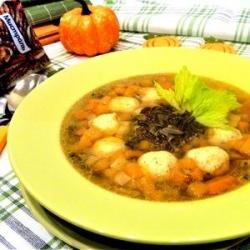 Суп с фрикадельками и диким рисом