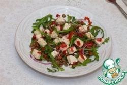 Салат с чечевицей, рукколой и тофу