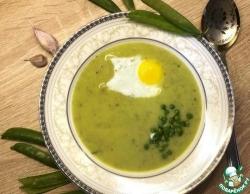 Крем-суп из зеленого горошка с мятой и беконом