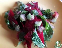 Освежающий салат с ревенем