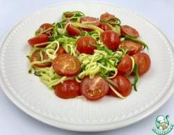 Спагетти из цуккини с черри помидорами
