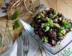 Салат с чёрным рисом и брокколи