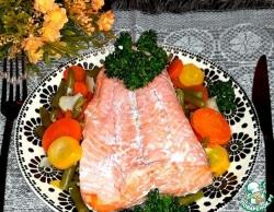Форель с овощами, запечённая в рукаве