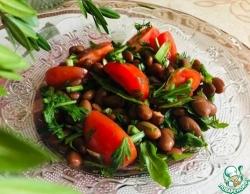 Теплый салат с фасолью и помидорами черри