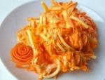 Простой салат морковь, сыр, чеснок, майонез