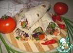 Лаваш с мясом, рисом, фасолью и помидорами