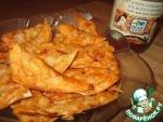 Чипсы из армянского лаваша в кисло-сладком соусе с сыром