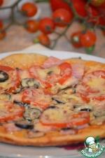 Пицца с ветчиной и грибами в мультиварке