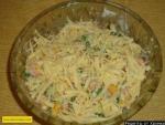 Тайский салат с креветками и кукурузой