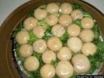 Салат мясной с грибами и сыром