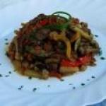 Овощное рагу: кабачки тушеные с мясом и картошкой