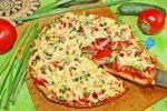 Быстрая пицца на кефире без сметаны на сковороде